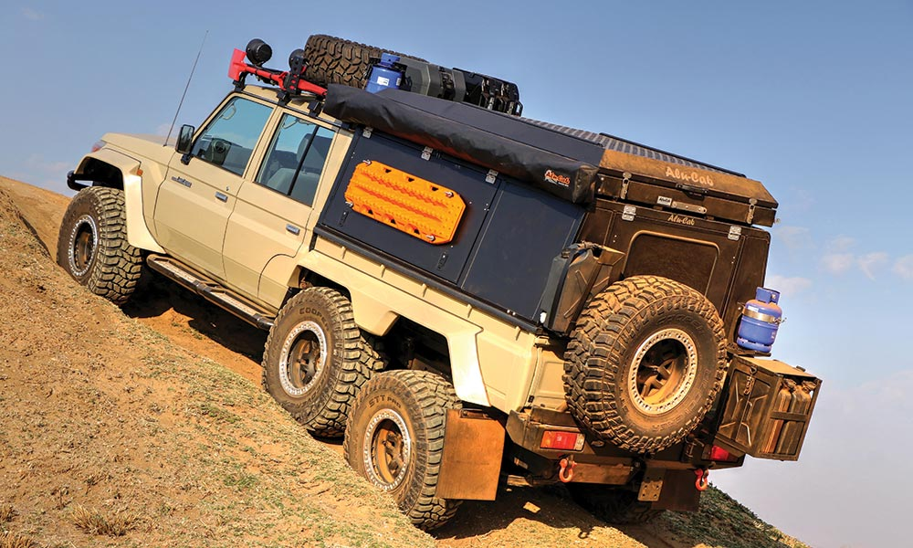 Toyota Land Cruiser TJM 6x6