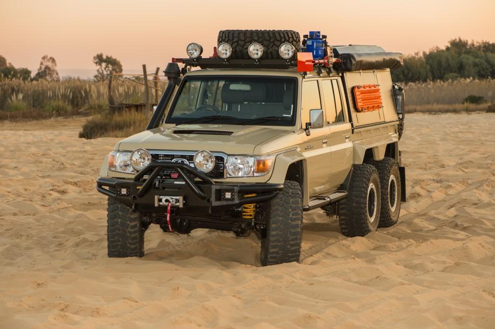 Toyota Land Cruiser TJM 6x6
