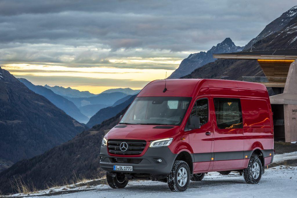 Mercedes-Benz Sprinter 4x4 2019: TESTED! | Professional Pickup & 4x4