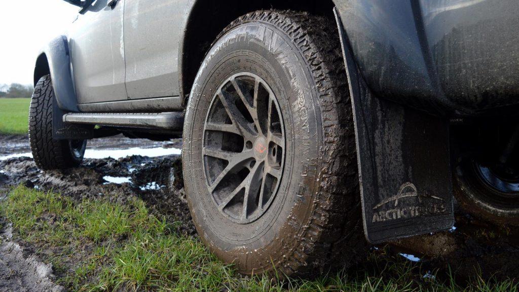 Isuzu D-Max AT35 Nokian tyres