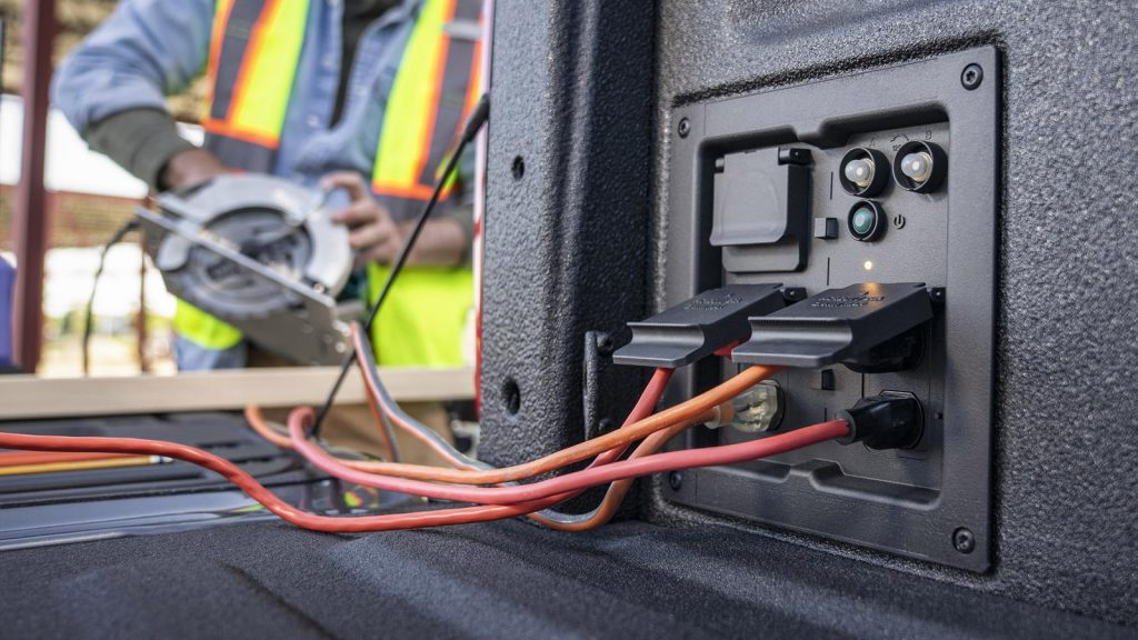 Ford F-150 2021 power outlet