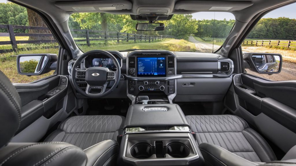Ford F-150 2021 interior