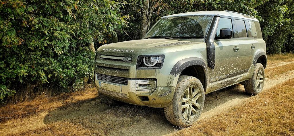 Land Rover Defender - Phil Huff
