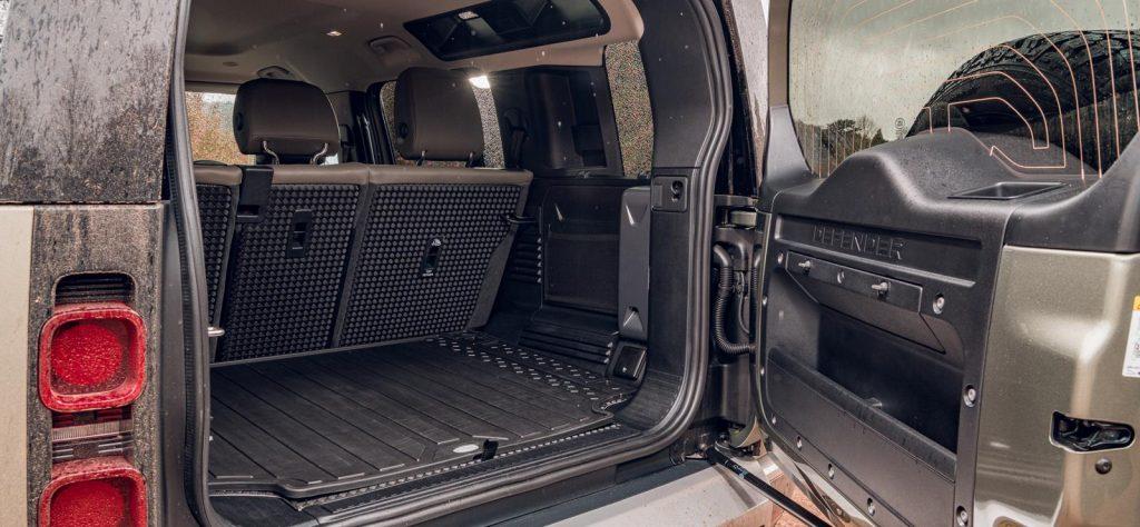 Land Rover Defender - Load Bay