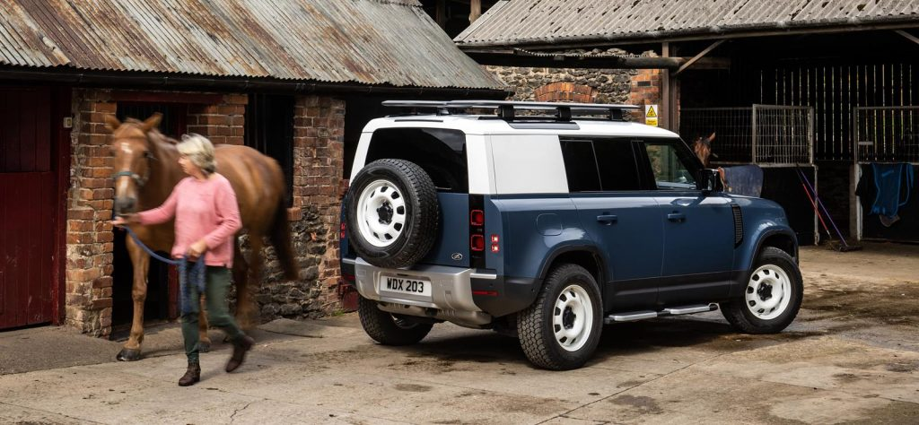 Land Rover Defender Hard Top could lead to pickup option