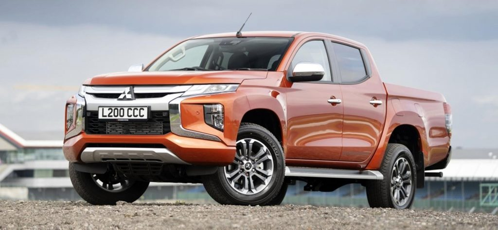 Mitsubishi L200 - the pickup truck with the best turning circle