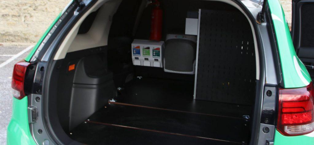 Mitsubishi Outlander PHEV Commercial for DEFRA