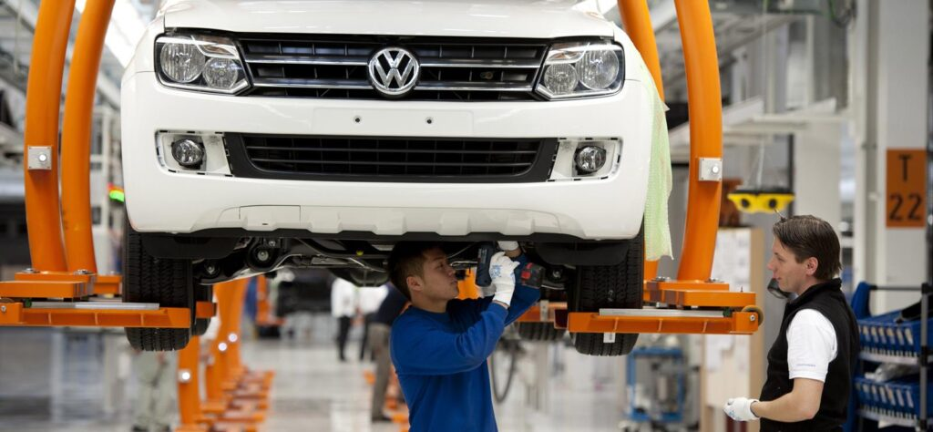 Volkswagen Amarok production line in Hanover factory ahead of Ford joint venture