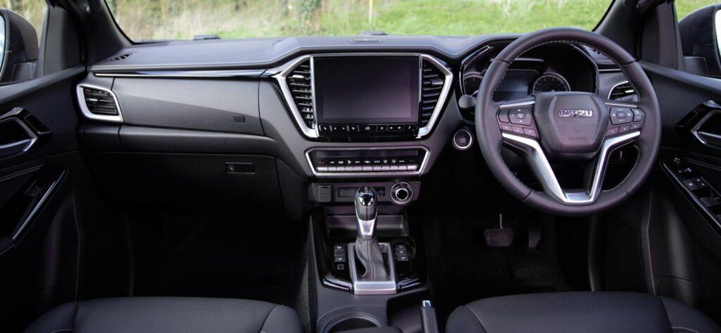 Isuzu D-Max V-Cross interior